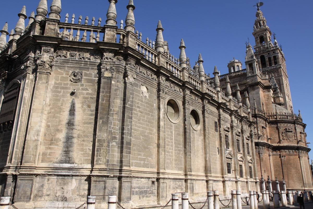 NHKラジオ第1マイあさ!4月はスペインの世界遺産「セビリアの大聖堂」をご紹介