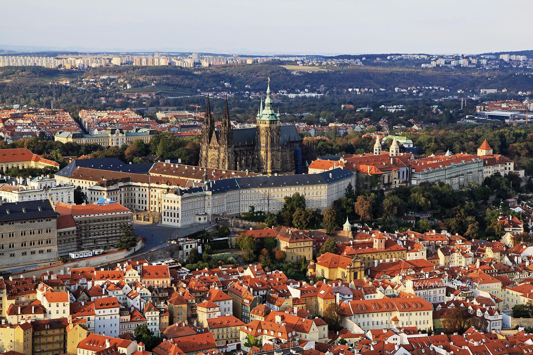チェコ世界遺産「プラハ歴史地区」- プラハ城