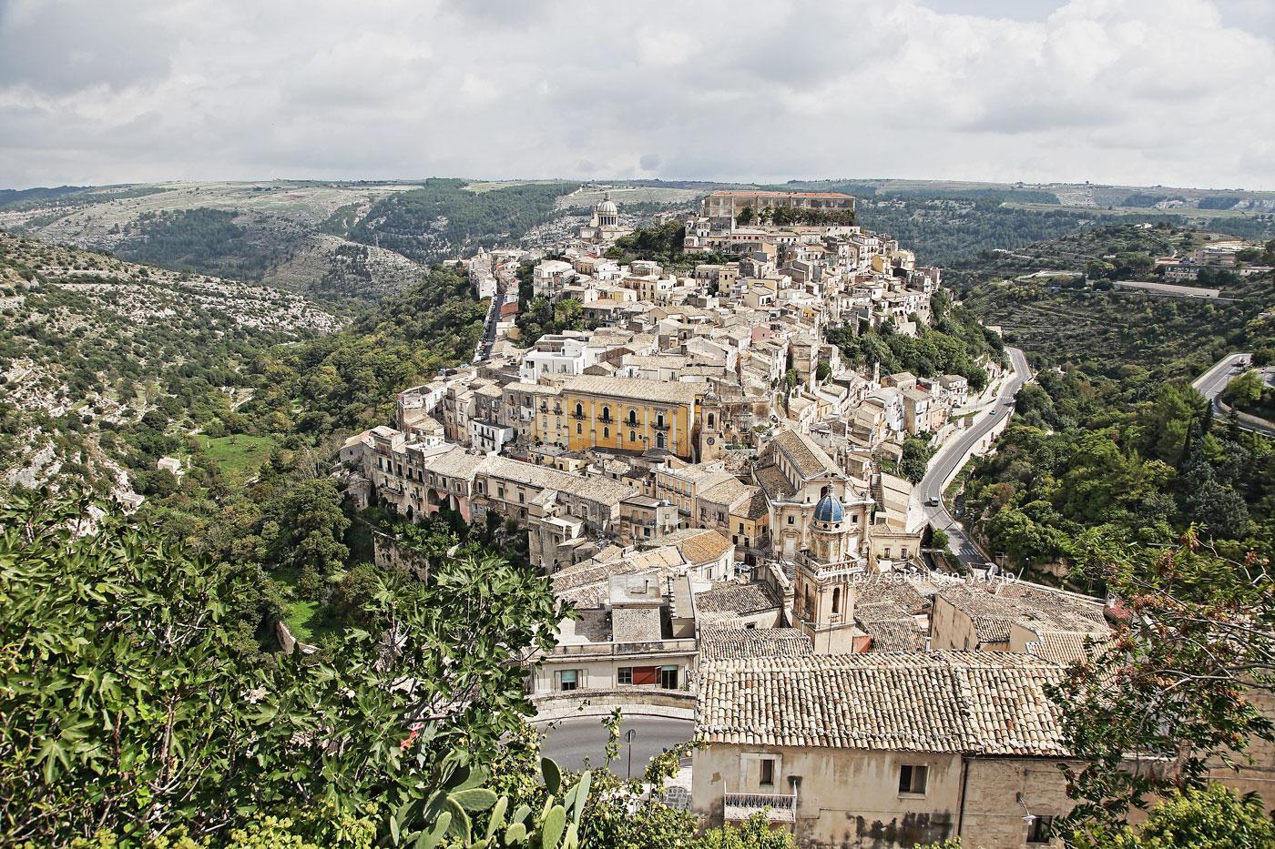 イタリア世界遺産「ヴァル・ディ・ノートの後期バロック様式の町々(シチリア島南東部)-ラグーザ・イブラ」